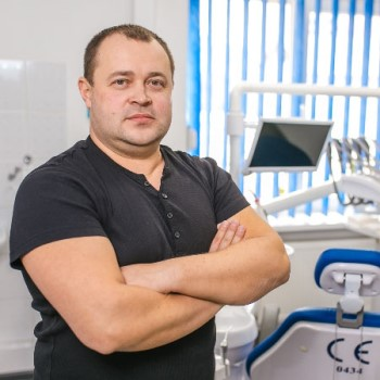 Director, leading dental mechanist Dzhus Oleg Dmytrovych